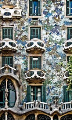 Balcones.Gaudí.