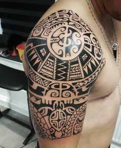 Freehand...#tattoo #tattoos #tatau #tattoomaori #tattooidea #tattooworkers #tattoolife #traditionaltattoos #tribal #tribaltattoo #tribaltattoos #polynesiantattoos #polynesian #polynesiantattoo #marquesan #marquesantattoos #marquesas #blackink #blacktattoo #blackwork #blackworkers #inked #inkedmen #mentattoo #instatattoos #darkartists #polytatts #marquesantattoosink