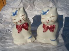 Shawnee Pottery Mid 1950s Vintage Salt & Pepper Shakers Cat Kitten Cats  #Shawnee