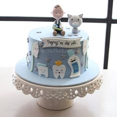 Baby Boy Cakes, Cakes For Boys, Dental Cake, Doctor Cake, Tooth Cake, First Tooth, Fashion Cakes, Cake Decorating Techniques, Cake Tutorial