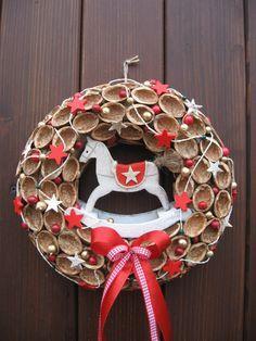 Christmas 2017, Christmas Projects, Christmas Diy, Christmas Wreaths, Merry Christmas, Christmas Decorations, Holiday Decor, 4th Of July Wreath, Garland