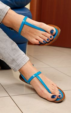 Jizz goo On bloo Sexy Sandals, Bare Foot Sandals, Ankle Strap Sandals, Flip Flop Sandals, Women Sandals, Flip Flops, Shoes Sandals, Nice Toes, Pretty Toes