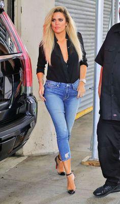 khloe-kardashian-in-tight-jeans-promoting-her-denim-line-new-york-9-20-2016-5.jpg (1280×2172)
