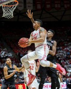 Jordan Loveridge. Utah Utes basketball. Photo by @rgrayphoto.