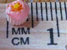 ~*Fairy Cake!*~     Cupcake & frosting made of polymer clay!  100% polymer clay   Amber Dawn  www.Inventivesoul.blogspot.com