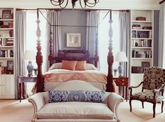 Traditonal Charlestone Southern bedroom with four poster bed