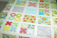 Gorgeous quilt. I love studying the pieces to work put how it's done, like studying a puzzle!