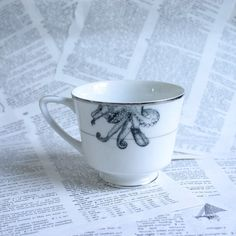 Liana cthulhu Tentacle Teacup by geekdetails on Etsy, $15.00