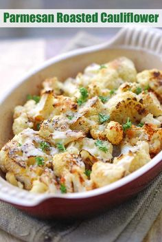 Parmesan Roasted Cauliflower, Healthy Keto Recipe Cheesy Baked Cauliflower: Cauliflower florets are tossed in olive oil and garlic, baked until just tender, then topped with Parmesan and baked until golden brown. Healthy Food Blogs, Healthy Recipes, Vegetable Recipes, Low Carb Recipes, Healthy Eating, Healthy Cauliflower Recipes, Colliflower Recipes, Vegetarian Recipes, Cooking Cauliflower
