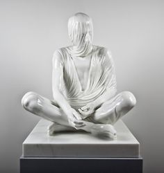 TEMPORAL SITTER KEVIN FRANCIS GRAY is an Irish artist living and working in London. (2011, Carrara Marble / 94 x 80 x 80 cm)
