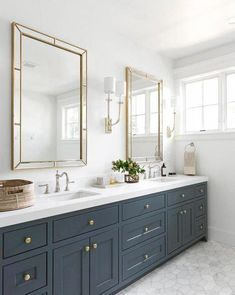Dreaming of an extravagance or designer master bathroom? We have gathered together plenty of gorgeous master bathroom ideas for small or large budgets, including baths, showers, sinks and basins, plus master bathroom decor some ideas. Grey Bathroom Cabinets, Bathroom Layout, Bathroom Interior Design, Bathroom Flooring, Bathroom Storage, Bathroom Organization, Bathroom Ideas, Bathroom Taps, Bathroom Fixtures