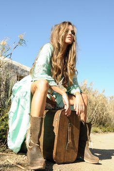 """Vive las aventuras más intensas con la nueva colección """"On the Road"""". Boho Chic, Bohemian, Ibiza, Spring Summer, Dresses, Style, Fashion, Long Dresses, Swag"""
