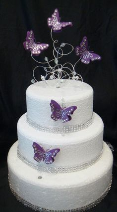 minhas foto favoritas Fondant Wedding Cakes, Purple Wedding Cakes, Wedding Cake Toppers, Wedding Cupcakes, 50th Birthday Cake Toppers, Sweet 16 Birthday Cake, Butterfly Wedding Cake, Butterfly Cakes, Butterflies