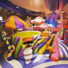 MUSHROOM DISCO! Choose your seat! #Mushroomdisco #kawaiimonstercafe