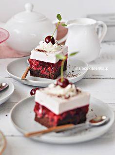 NAJLEPSZE Ciasto WIŚNIOWE z Kremem Jogurtowym Baked Goods, Sweet Tooth, Cheesecake, Cooking Recipes, Sweets, Food, Coffee, Fruit, Baking