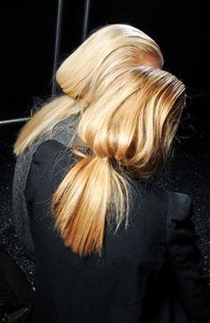 Low Pony.. #Beauty #HairInspiration #LowPony #Messy