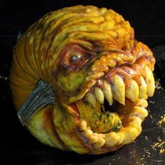 Awesome Pumpkin Carvings, Scary Pumpkin Carving, Pumpkin Carving Contest, Creepy Pumpkin, Pumpkin Art, Pumpkin Faces, Pumpkin Ideas, Pumpkin Designs, Fete Halloween