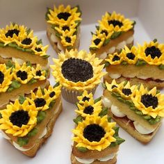 Likes, 97 Comments - Baking Ideas Sunflower Party, Tokyo Restaurant, Pizza Cake, Cupcake Art, Cake Decorating Videos, Sweet Cupcakes, Pastel, Expensive Taste, No Cook Desserts