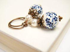 Blue Flower Earrings Ceramic Earrings Blue Floral by merryalchemy   #hudsonvalley #hvnyteam