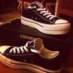 Shopping. #sale #converse