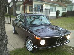 BMW : 2002 Electric Moonroof, AC, modern upgrades