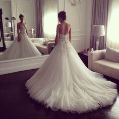 Beautiful wedding gown made by egyptian designer Yasmine Yeya | Maison Yeya                                                                                                                                                      More