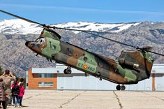Chinook Spain Boeing Ch 47 Chinook, African Union, The Ch, Tandem, Military History, Air Force, Fighter Jets, Spanish, Aircraft