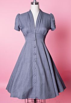Retro Dresses Manhattan Dress - Skyscraper Grey - Heart of Haute - 1 - Vintage Outfits, Vintage Dresses, 1940s Dresses, Cute Dresses, 1940s Fashion Dresses, Day Dresses, 1950s Style, Retro Style, Retro Fashion