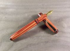 Stylo plume en bois de rose et de violette, plume Bock : Matériel pour écriture par rue-du-stylo