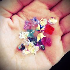 Mărgeluțe pentru bratarele! ❤️ #swarovski #swarovskibeads #swarovskielements #shine #reflexii #reflexion #stralucitor #butterfly #beads #jewellery #bracelets #bratari #brasov #accessoriesforstars #accessories #inlovewithswarovski Jewellery Bracelets, Jewelry, Sapphire, Swarovski, Butterfly, Beads, Rings, Accessories, Beading