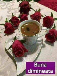 Good Morning, magic world! Coffee Latte Art, Coffee Cafe, My Coffee, Coffee Drinks, Coffee Corner, Good Morning Coffee Gif, Coffee Break, Pause Café, Chocolate Caliente