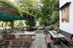 Les 10 meilleurs grotti d'Ascona-Locarno Weekender, Table En Granit, Canton Ticino, Les Cascades, Beaux Villages, Cafe Restaurant, Polenta, Outdoor Decor, Restaurants