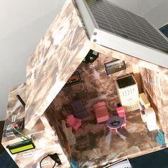 اليوم راح اعرض لكم مشروع التخرج عنوان المشروع :The Air Quality Monitoring and Controlling Using Arduino Uno interfacing with lN LabVIEW.   مكونات المشروع : 1-Arduino Uno 2-NO2 gas sensor (MQ-131) 3-CO gas sensor (MQ-7) 4-Temperature and humidity sensor 5-GSM shield Arduino 6-LCD 7-FAN 8-Air Filter  9-solar system   فكره عمل المشروع : استخدام الميكرو كنترولر اردوينو مع وضع  حساسات الغازات والحرارة والرطوبة داخل المنزل وفي حال حدوث اي زياره في نسبة اي غاز من CO او NO2 او الحرار والرطوبة بشكل…