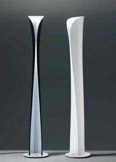 Cadmo lampadaire halogène noir - par Karim RASHID