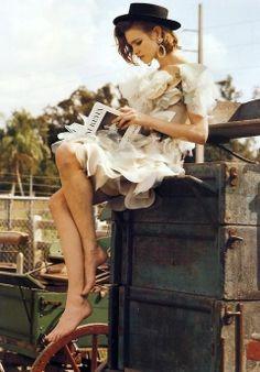 Natalia Vodianova in Outlaw Couture, photographed by Bruce Weber for Vogue Italia, March 2008 Bruce Weber, Natalia Vodianova, Parisienne Chic, Magazine Mode, Mario Testino, Foto Art, Favim, Poses, Pics Art