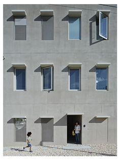 House in Tomigusuku / 豊見城の住宅 « rhythmdesign