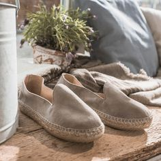 Ramira Grey Silver Sole   Barefoot Living by Til Schweiger #espadrilles #schuhe