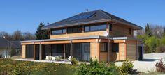This solar-powered shines like the sun Solar Power, House Styles, World, Trop Top, Green Homes, Design, Photos, Home Decor, Houses