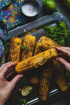 Indian Grilled Spiced Corn (Street Style Bhutta Masala Corn - My list of the best food recipes Indian Appetizers, Indian Snacks, Masala Corn, Indian Dessert Recipes, Indian Recipes, Vegetarian Snacks, Mango Recipes, Indian Street Food, Food Photography Styling