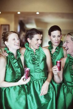 ladies in emerald green dresses by http://www.alfredsung.com/ Photography by Hillary Maybery Photography / hillarymaybery.com