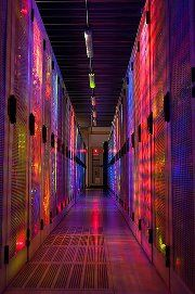 Beautiful Link Lights showing through the Racks inside a Data Center! Best Minecraft Servers, Minecraft Server Hosting, Data Center Infrastructure, Data Center Design, Structured Cabling, Innovation Management, Server Room, Site Hosting, Information Technology