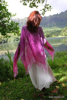 #silksarong #silkscarf #handpainted #maxidress #hawaii #caftan #beachwear #miamibeach #pareo #wearableart #flowdance #flowart #yoga #maui #boho #gypsy #resortwear #elven #zhennymph #festivalwear #burningman #hulahoop #tribalfusion #silkveil #EDMgear