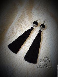 """Купить Серьги-кисти """"Luxury """" - черный, кисти, шелковые кисти, серьги, серьги длинные"""
