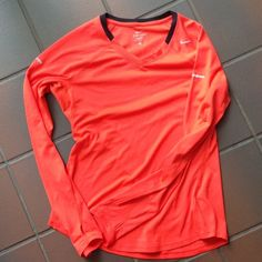 """Selling this """"Med Nike Dri Fit top in decent condition"""" in my Poshmark closet! My username is: tinovia. #shopmycloset #poshmark #fashion #shopping #style #forsale #Nike #Tops"""
