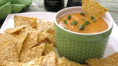 Guinness(R) Irish stout cheese dip is perfect for dipping pretzels and tortilla chips at your next party.