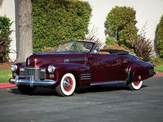 1941 Cadillac Sixty-Two Convertible Coupe Deluxe (41-6267D)