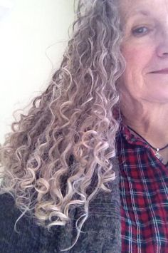 Crochet Braids Edmonton : 1000+ images about My gray curls on Pinterest Curls, Gray hair and ...
