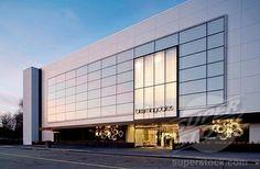 Stock Photo #1566-540823, Bloomingdale´s retail facade at sunset, Chestnut Hill, Massachusetts, USA