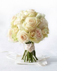 Want all roses for your bouquet... just add a few different types and SIZES of roses for something snappy.