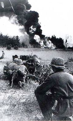 German soldiers will attack with a cannon IG18 Soviet position the Eastern Front in August 1943.
